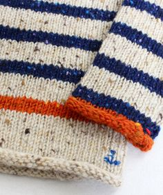 the little signature stitches - knitting inspirationVintage Sport and Travel inspire Autumn Winter love the little signature stitches and the one stripe and border in contrasting colourKnitting stripes and a little anchor- how adorable is that! Baby Knitting Patterns, Knitting For Kids, Knitting Stitches, Knitting Projects, Crochet Projects, Crochet Patterns, Baby Sweater Patterns, Knit Baby Sweaters, Crochet Baby