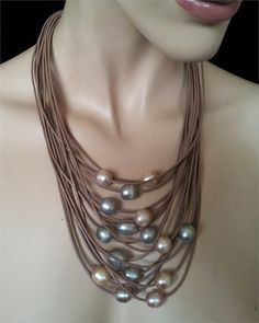 leather and pearl necklaces | Necklace random leather and pearls