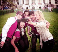 Kevin McHale, Jenna Ushkowitz, Dijon Talton, Harry Shum Jr., and Dianna Agron at the White House!!