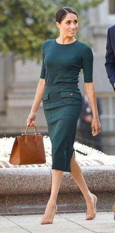Looks de moda: el estilo de Meghan Markle - Mode - Fashion Looks, Beauty And Fashion, Royal Fashion, Feminine Fashion, Fashion Moda, Summer Work Outfits, Office Outfits, Mode Outfits, Casual Outfits