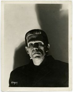 Boris Karloff as the Frankenstein monster Monster Horror Movies, Classic Monster Movies, Horror Monsters, Classic Horror Movies, Classic Monsters, Scary Monsters, Boris Karloff Frankenstein, Frankenstein 1931, Horror Vintage
