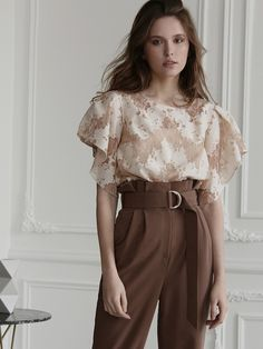 Retro Outfits, Cute Outfits, Women Church Suits, Ladylike Style, Brown Outfit, Online Fashion Stores, Elegant Outfit, Aesthetic Fashion, Stylish Dresses