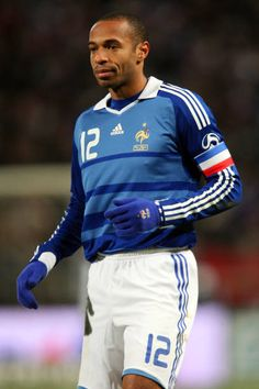 Thierry Henry of France in Football Icon, Best Football Players, Football Gif, World Football, Soccer Players, Thierry Henry Arsenal, All Star, Blue Is The Warmest Colour, Different Sports