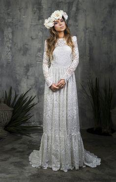 Alicia Rueda Bridal #tznius