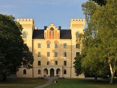 Bogesunds slott - renoverat med Weber Kalkbrukssystem Native Country, Chateaus, Palaces, Stockholm, Bro, Castles, Sweden, Buildings, Home And Garden