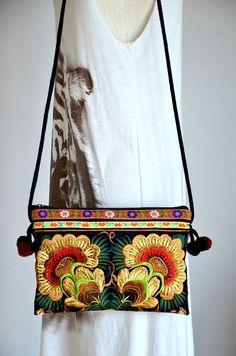 Hmong Ethnic Bag Chiang Mai Embroidered Purse Thai Hill Tribe Bag Boho Hobo Messenger Handbags SQE02