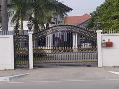 Modern Sliding Iron Gate Design UK, Outdoor Sliding Gates For Modern Houses