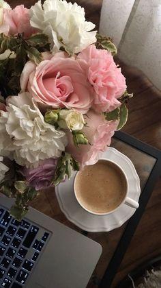 Coffee And Books, I Love Coffee, Flower Backgrounds, Flower Wallpaper, Coffee Flower, Aesthetic Coffee, Luxury Flowers, Coffee Photography, Flower Aesthetic
