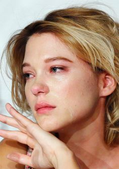Lea Seydoux crying during the press conference for Blue is the Warmest Colour in Cannes
