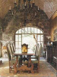 Old world style rustic dining room (AD)