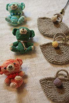 ao with <3 / crochet amigurumi pocket bears