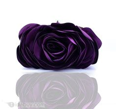 Charming Shell With Silk Flower Evening Handbags/ Clutches