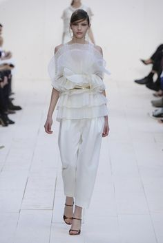 Chloé RTW Spring 2013 - Runway, Fashion Week, Reviews and Slideshows - WWD.com