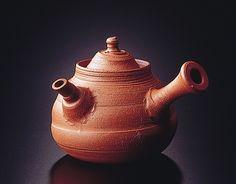 Tea pot by National Living Treasure of Japan, Jozan YAMADA III (1924~2005)