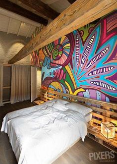 Bedroom from pallets