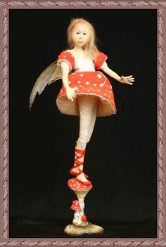 Toad-stool - Tina Kamerbeek.