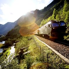 Norway's most popular roundtrip, Norway in a Nutshell! Photo by Paal Audestad /fjordtours.com