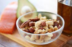 Weet jij waarom je dagelijks 15 gram #noten zou moeten eten? http://www.gezond.be/personen-die-elke-dag-een-handvol-noten-eten-leven-langer/