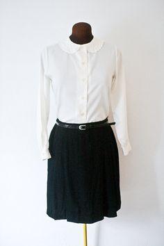 1960s shirt / cream scalloped peter pan collared shirt / M