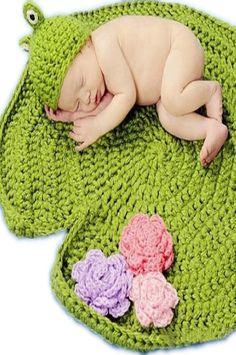 CCFRLO Lotus Lily Pad Frog Crochet Baby set