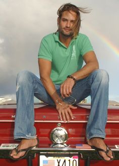 Josh Holloway [My first binge: the entire series of Lost in a matter of days...]