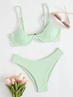 Cute Swimsuits, Cute Bikinis, Moda Aesthetic, Bikini Outfits, Bikini Diet, Cute Bathing Suits, Summer Bikinis, Bikini Swimwear, Cute Outfits