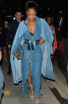 Rihanna went out in a floor-skimming blue Balmain outfit with a Dior handbag. See the full look here. Daily Fashion, Fashion Night, Women's Summer Fashion, Blazer Fashion, Denim Fashion, Fashion Outfits, Womens Fashion, Fashion Photo, Mode Rihanna