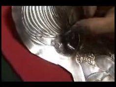 Proceso de repujado en aluminio