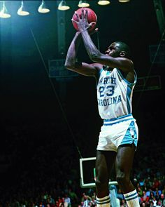 Michael Jordan North Carolina, Basketball Legends, Jordan 23, All About Time, Nba, The Past, Concert, Concerts