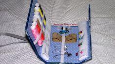 Caixa de costura em cartonagem, ideal para levar na bolsa.