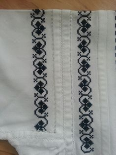 Hobbies And Crafts, Diy And Crafts, Palestinian Embroidery, Stitch 2, Folk Costume, Baby Sweaters, Cross Stitch Designs, Diy Projects To Try, Cross Stitching