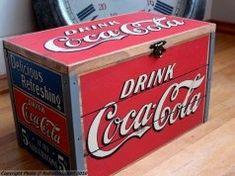 Coca-Cola - fl oz Cans Coca Cola Santa, Coca Cola Ad, Always Coca Cola, World Of Coca Cola, Coca Cola Bottles, Coca Cola Vintage, Coca Cola Kitchen, Coke Ad, Vintage Coca Cola