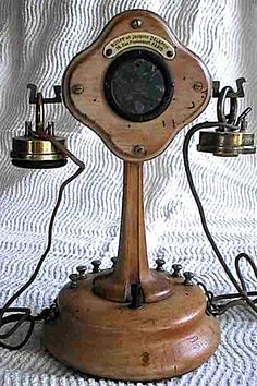 One Telephones Number Telephone Vintage, Vintage Phones, Telephone Number, Mobiles, Vintage Antiques, Vintage Items, Vintage Fans, Antique Phone, Bone China