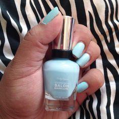 Something old, something new, something borrowed, something blue. #bridetobe #csmhaveitall #sallyhansen #barracuda