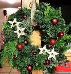 # Türkranz # Tannenkanz - New Ideas Christmas Door Wreaths, Cool Christmas Trees, Outdoor Christmas Decorations, Rustic Christmas, Christmas Tree Ornaments, Christmas Time, Holiday Decor, Handmade Christmas Tree, Christmas Wonderland
