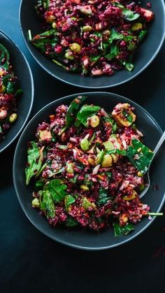 Reset with this mega healthy beet, spinach and quinoa salad recipe! - http://cookieandkate.com