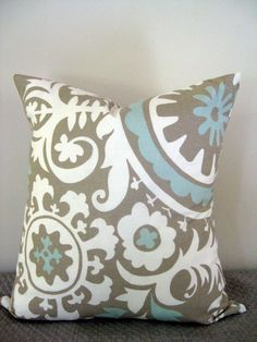One Natural, White, and Blue Suzani Pillow Living Room Redo, Living Room Pillows, Western Living Rooms, Living Spaces, Cream Lounge, Basement Makeover, Living Room Inspiration, Interior Inspiration, Creative Home