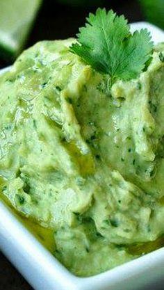 Healthy White Bean Dip with Avocado and Cilantro Recipe ~ a creamy, luscious dip that's deliciously dairy-free