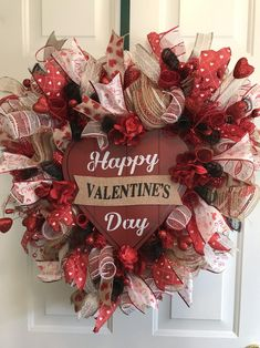 day decorations for work Heart Shaped Wreath, Deco Mesh Wreath, Vale. day decorations for work Heart Shaped Wreath, Deco Mesh Wreath, Vale… – Rosetta Kem Diy Valentines Day Wreath, Valentines Day Decorations, Valentine Crafts, Printable Valentine, Homemade Valentines, Valentine Box, Valentine Ideas, Valentine Stuff, Diy Valentine's Day Decorations