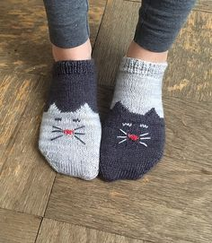 Knitted Cats You Will Love These Free Patterns | The WHOot
