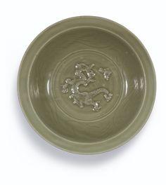 A large Longquan celadon-glazed 'dragon' dish, Yuan dynasty