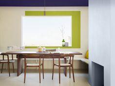 Schilder je graag buiten de lijntjes? Breng dan rond je venster een kleur aan en geef je kamer net dat tikkeltje meer. Een donkere kleur op het plafond, brengt dan weer rust.