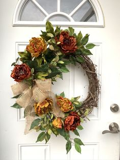 Elegant Fall Wreaths, Rustic Wreaths, Easy Fall Wreaths, Autumn Wreaths For Front Door, Diy Fall Wreath, Fall Door, Thanksgiving Wreaths, Wreath Ideas, Summer Wreath