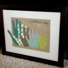 Handprint art - grandma gift group grandkid hands by size instead of family