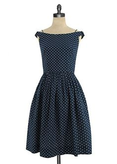 {Ella Dress} by Emily and Fin - sweet polka dots + bows on the straps! I'd have to lose alot of weight but isnt it the cutest? Pretty Outfits, Pretty Dresses, Beautiful Dresses, Cute Outfits, Vintage Dresses, Vintage Outfits, Vintage Fashion, Old Fashioned Hairstyles, Vetements Clothing