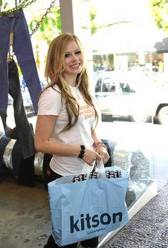 Avril Lavigne фото высокого разрешения
