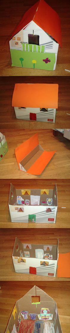 Casa de muñecas con una caja de folios