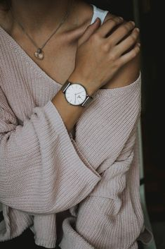 Just look, that`s outstanding! Find best deals here - AdvenchMarkt Store Fossil Watches, Women's Watches, Citizen Watches, Wrist Watches, Diamond Watches, Black Watches, Nice Watches, Beautiful Watches, Nikon D5200