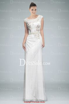 Luxurious Scoop Neckline Evening Dress Featuring Appliqued Lace and Beads 052f56836ecd