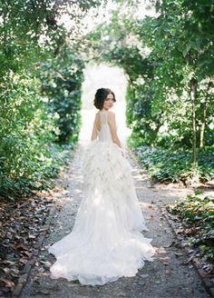 Elizabeth Stuart Audrey Gown- Ireland\'s Wedding Journal Spring ...